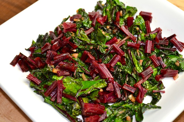 are beet greens edible