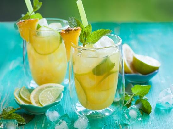 Pineapple lemonade with lemon,lime and mint